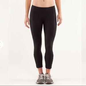 Lululemon run crop black leggings 6 medium